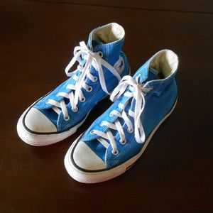 Converse High Top Chuck Taylor in Blue 7
